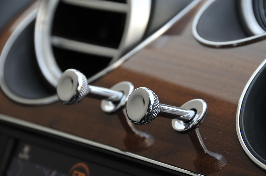 Bentley Bentayga Diesel air vents