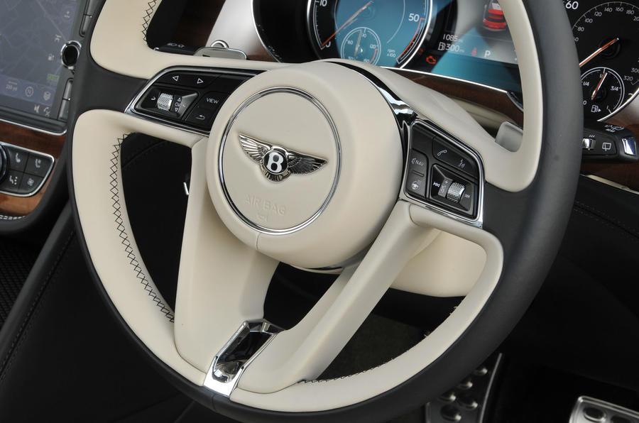 Bentley Bentayga Diesel steering wheel