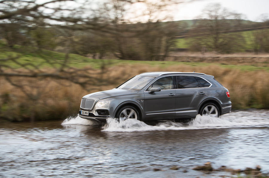 Bentley Bentayga in water