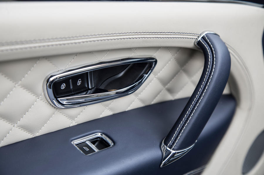 Bentley Bentayga door cards