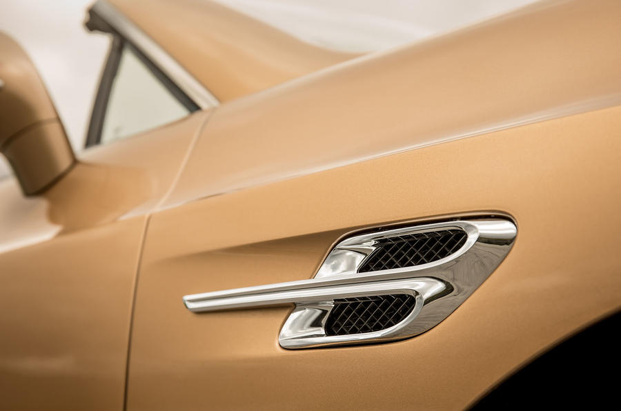 Bentley Continental GTC side vents