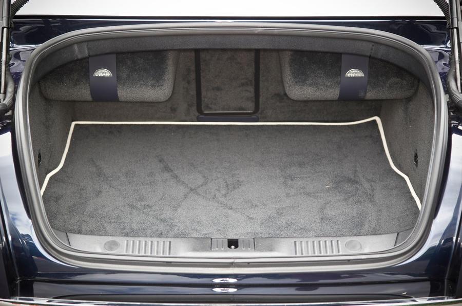 Bentley Flying Spur boot space