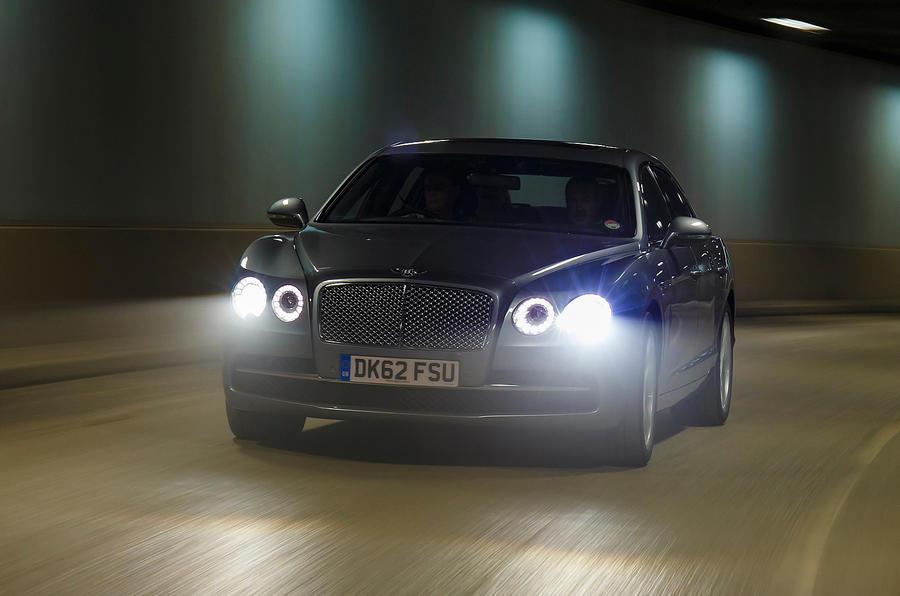 Bentley Flying Spur lights on