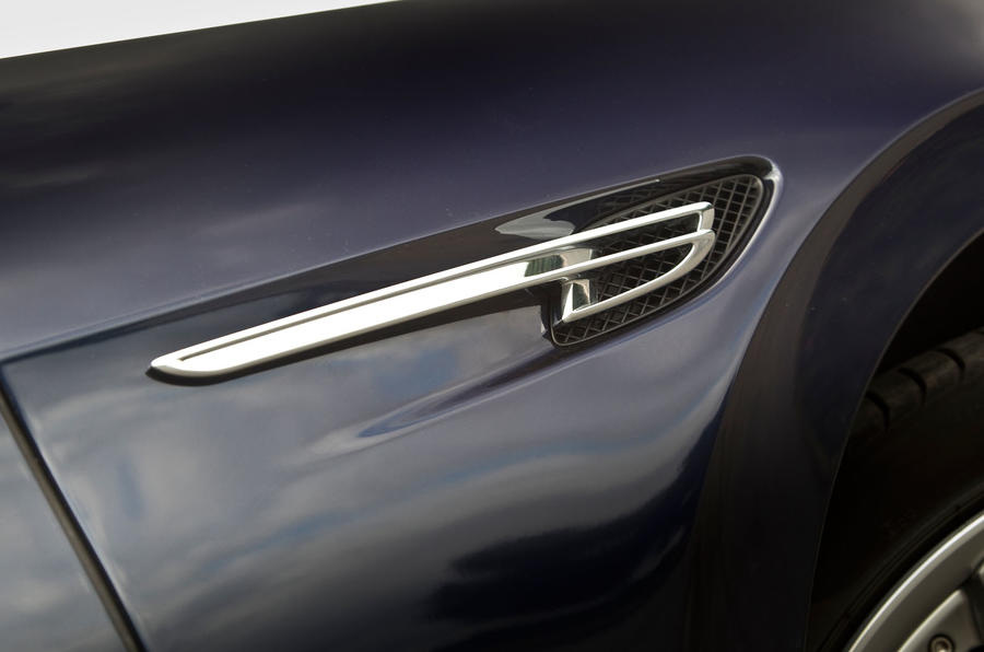 Bentley Flying Spur side vents