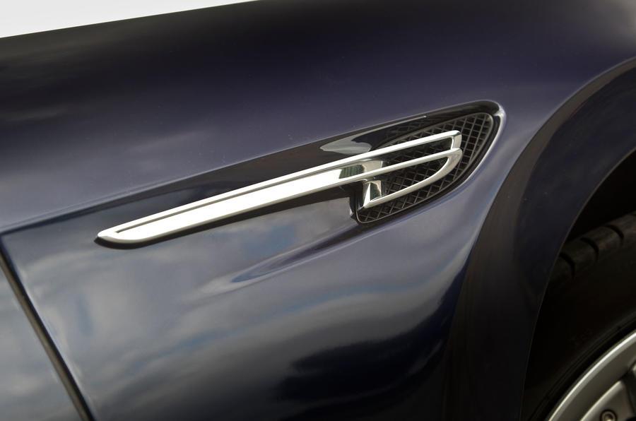 Bentley Flying Spur side vents