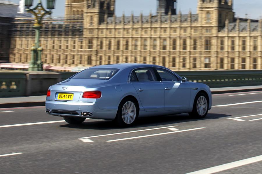 Aj95 Bentley Blue Drive Car: Bentley Flying Spur V8 UK First Drive