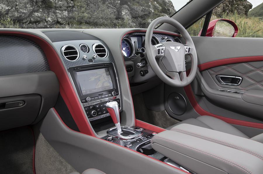 Bentley Continental GT Speed dashboard
