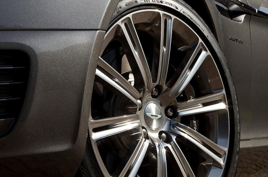 Aston Martin Rapide Shooting Brake's alloys