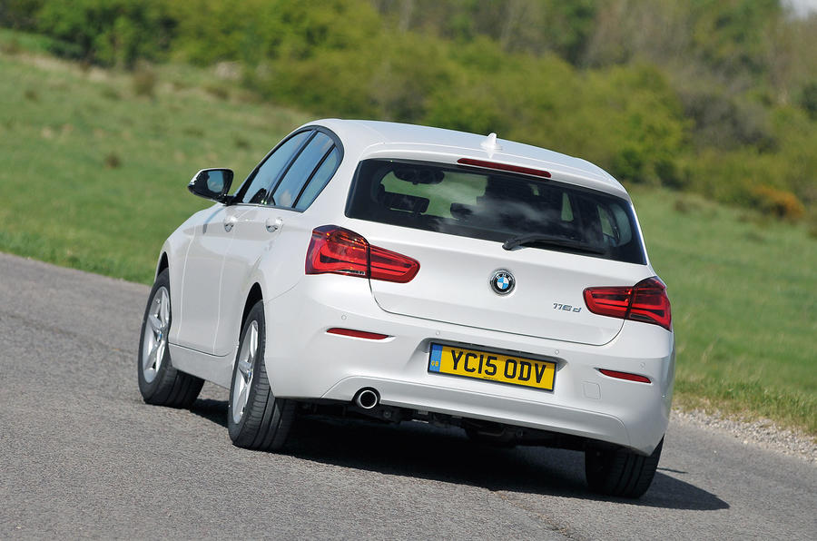 BMW 1 Series rear cornering
