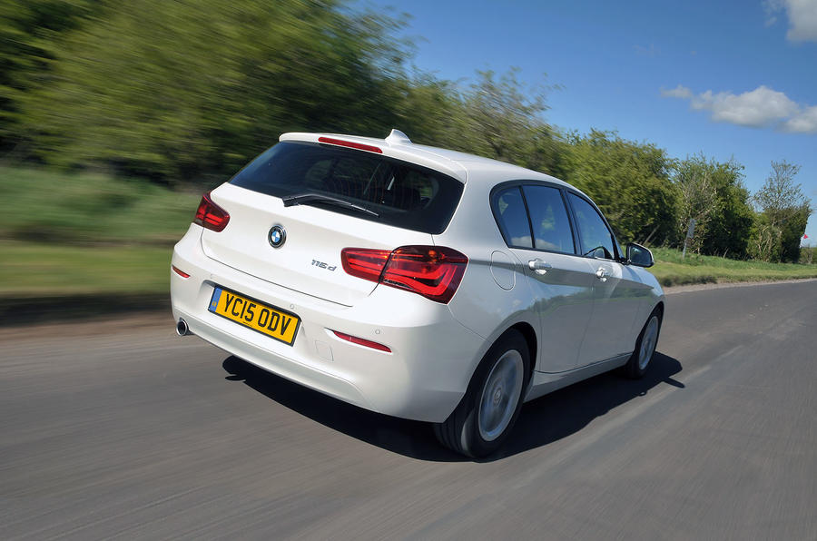 BMW 1 Series rear Road