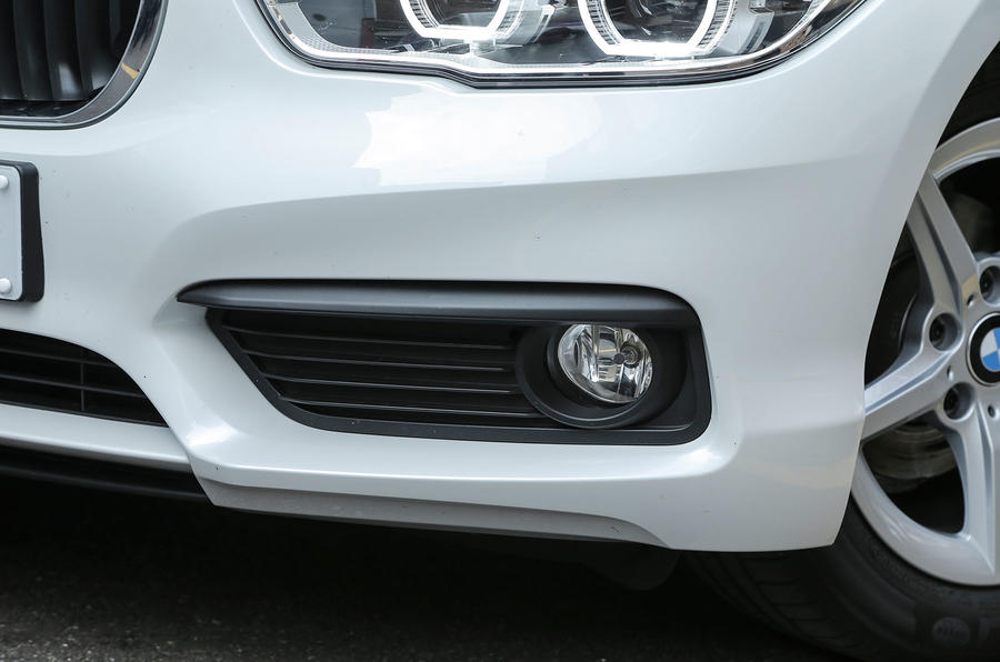 BMW 1 Series fog lights