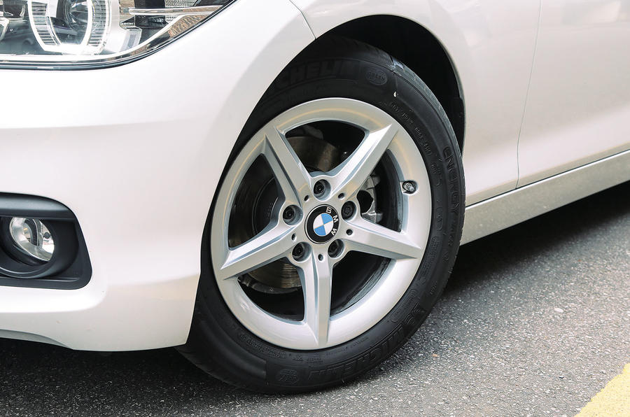 BMW 1 Series 16in alloys