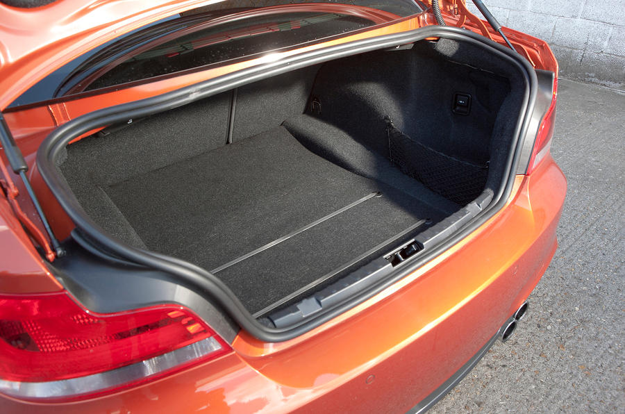 BMW 1 Series M Coupé boot space