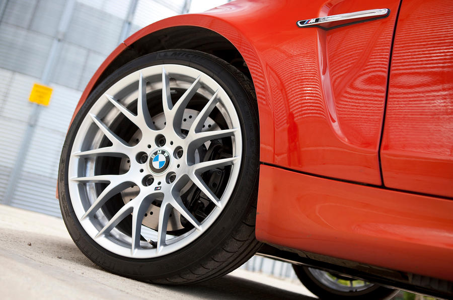 19in BMW CSL-style alloys