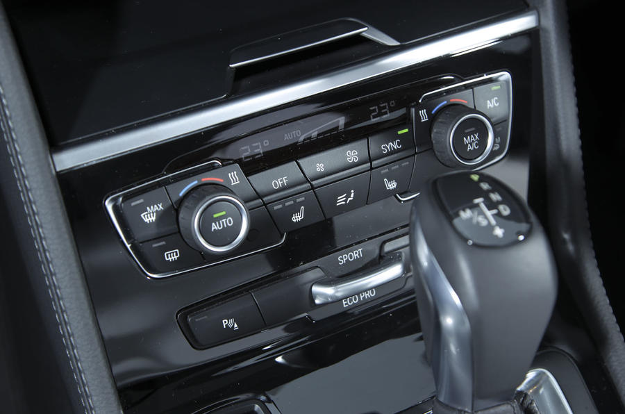 2 Series AT's climate control