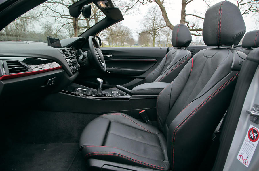 A look inside the cabin of the BMW 2 Series convertible