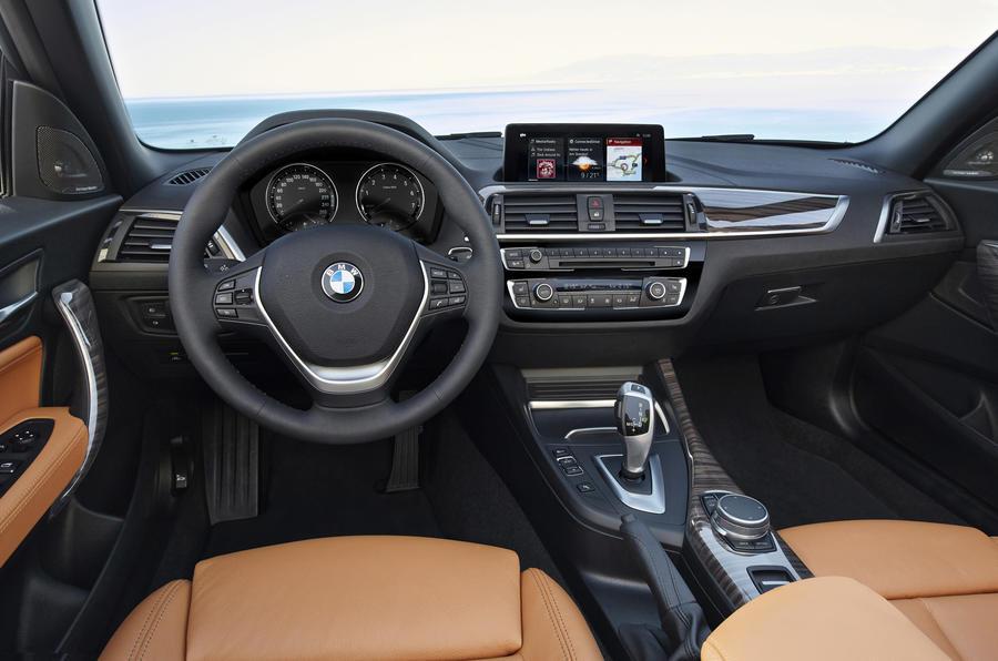 BMW 2 Series Convertible dashboard