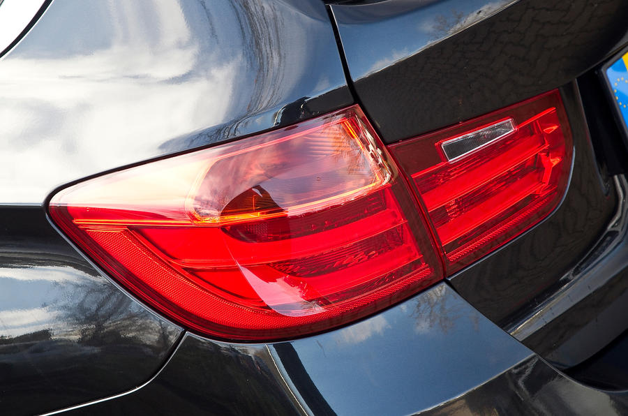 BMW 3 Series Touring tailights