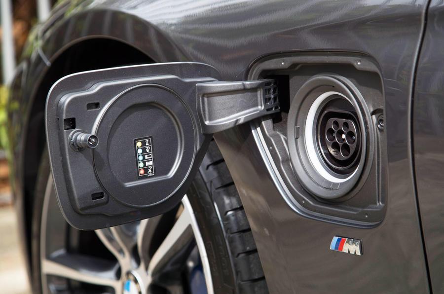 BMW 330e charging port