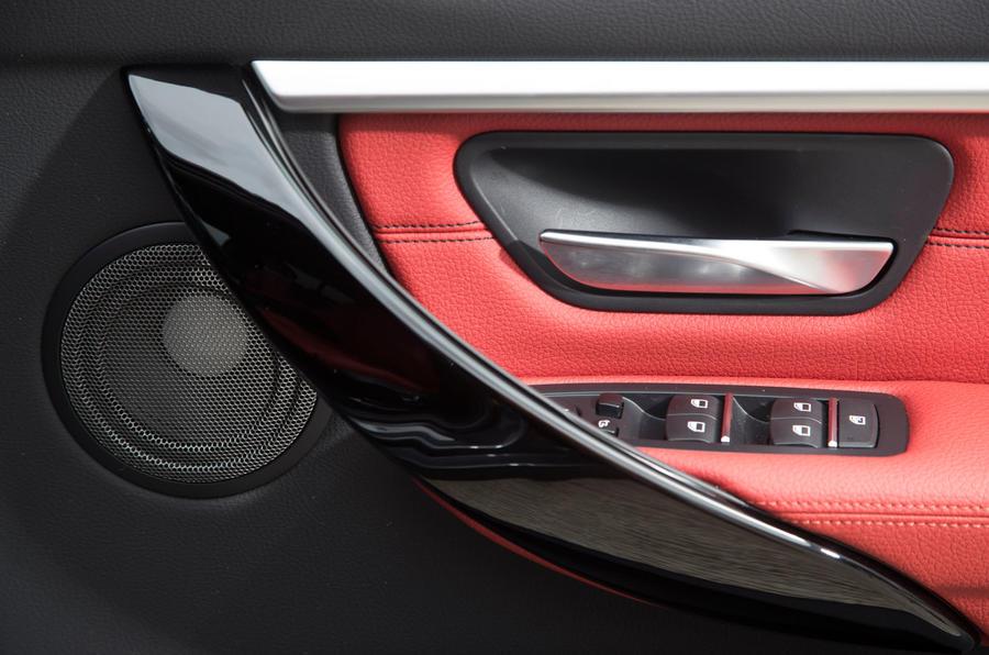 BMW 330e door card