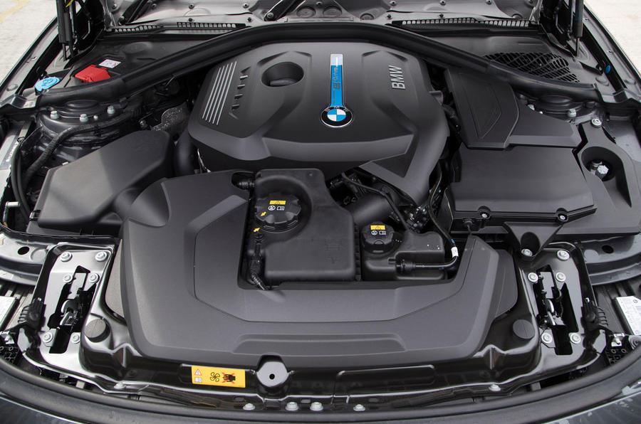 2.0-litre BMW 330e petrol engine