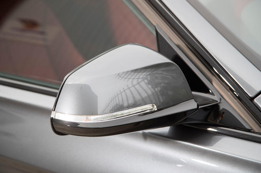 BMW 330e wing mirror