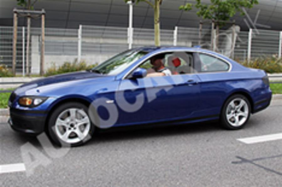 Facelifted BMW 3-series spied