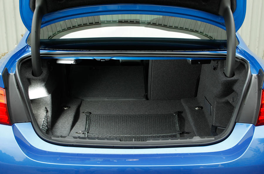 BMW 4 Series boot space