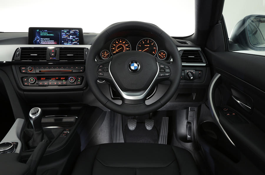 BMW 4-series 420d 2013 UK review dashboard