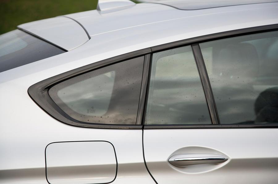 BMW 5 GT rear window