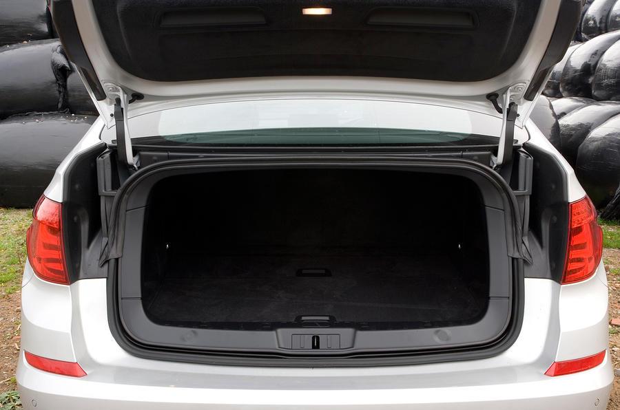 BMW 5 Series boot hatch