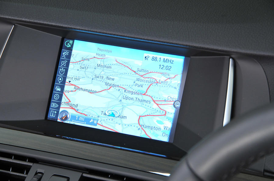 BMW 5 Series Touring iDrive system