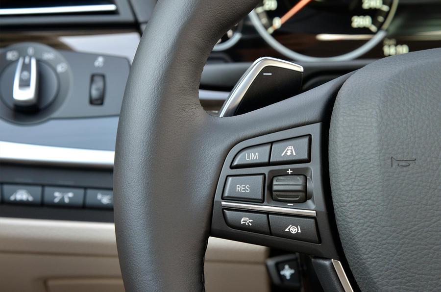 BMW 518d Luxury steering wheel controls