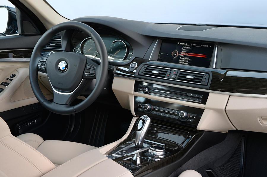 BMW 518d Luxury interior