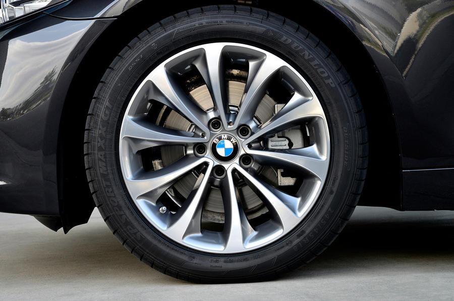 17in BMW 518d Luxury alloys
