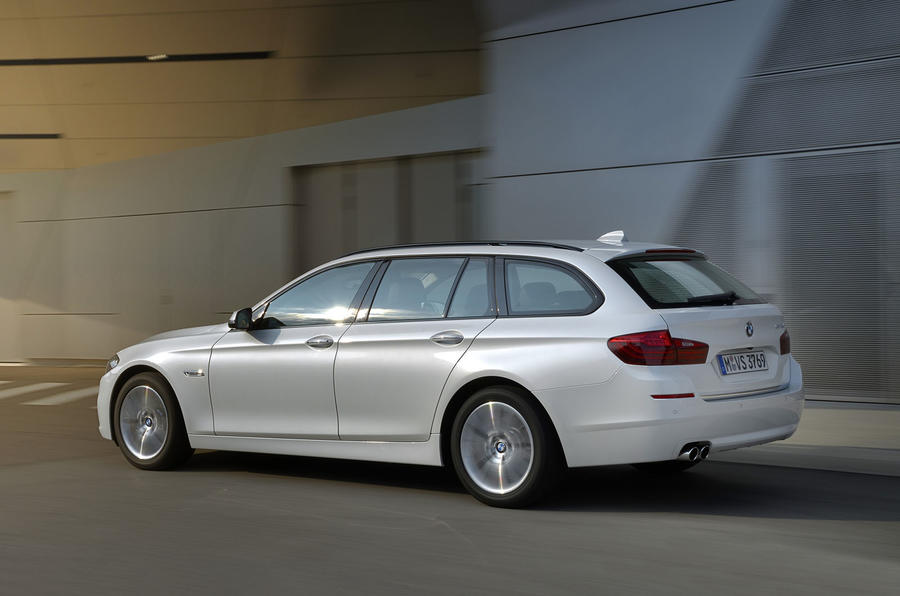BMW 520d Touring rear quarter
