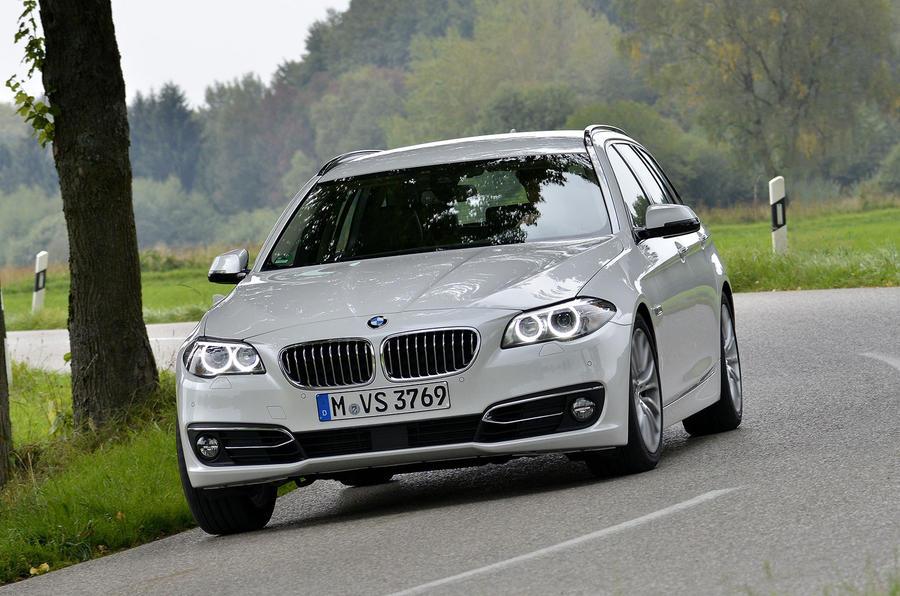 BMW 520d Touring cornering