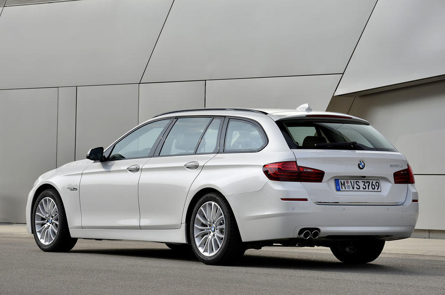 BMW 520d Touring rear quarter