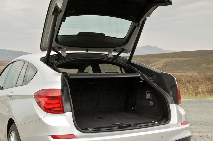 BMW 520d Gran Turismo boot space
