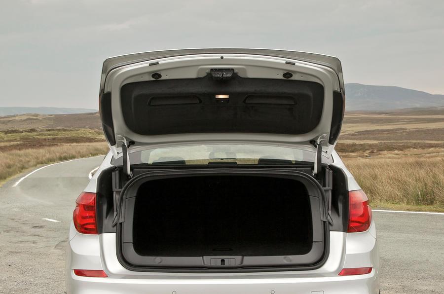 BMW 520d Gran Turismo boot open