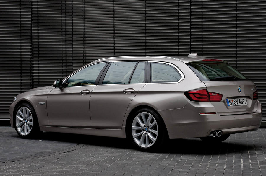 BMW 5-series Touring revealed