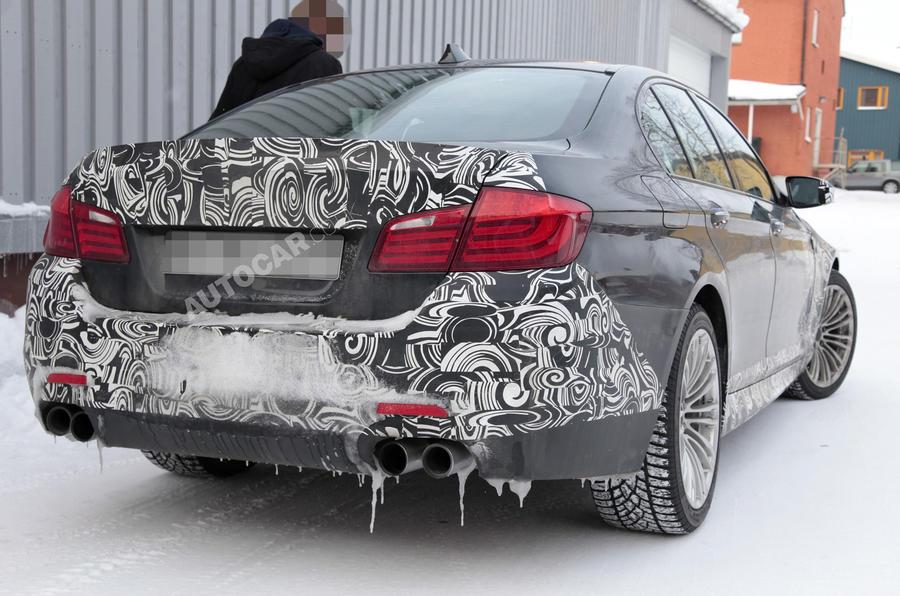 Next BMW M5 - new pics