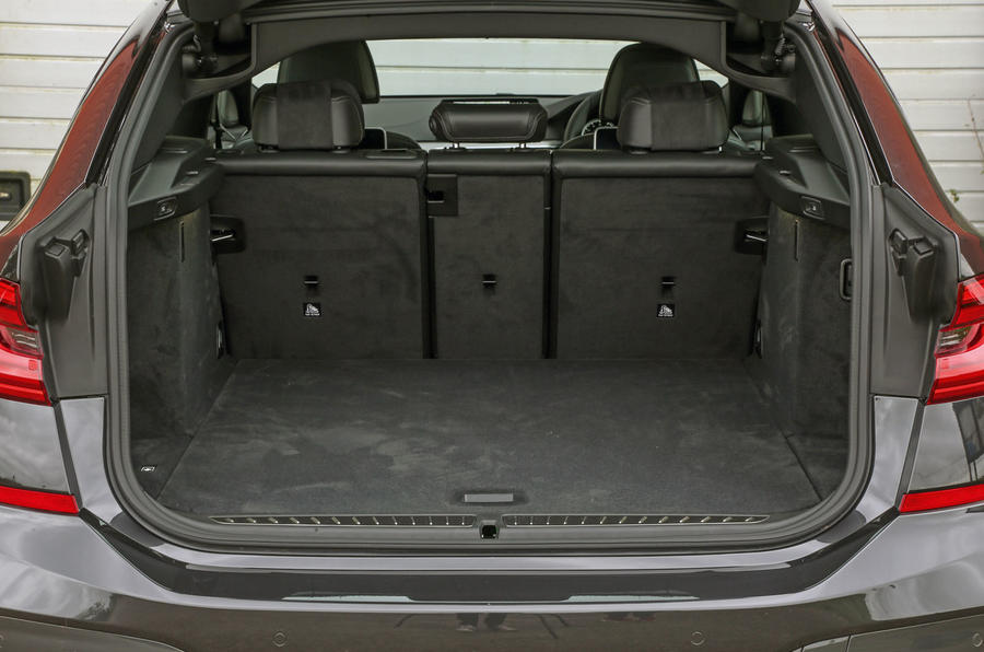 BMW 6 Series Gran Turismo boot space