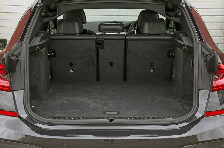 BMW 6 Series Gran Turismo boot space