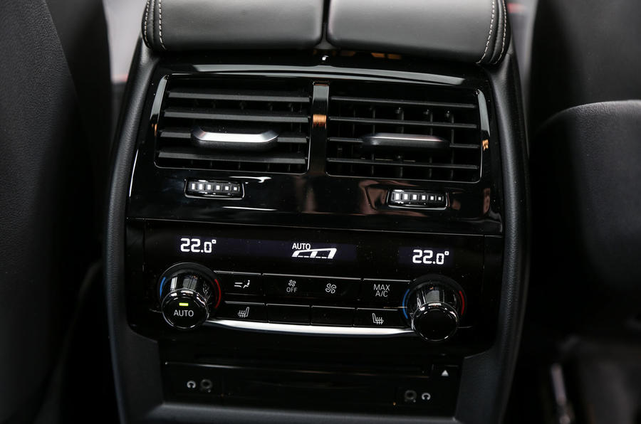 BMW 6 Series Gran Turismo rear climate controls