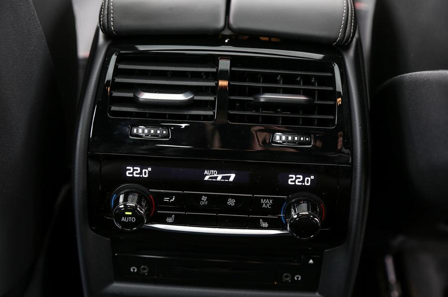 BMW 6 Series Gran Turismo rear climate controls