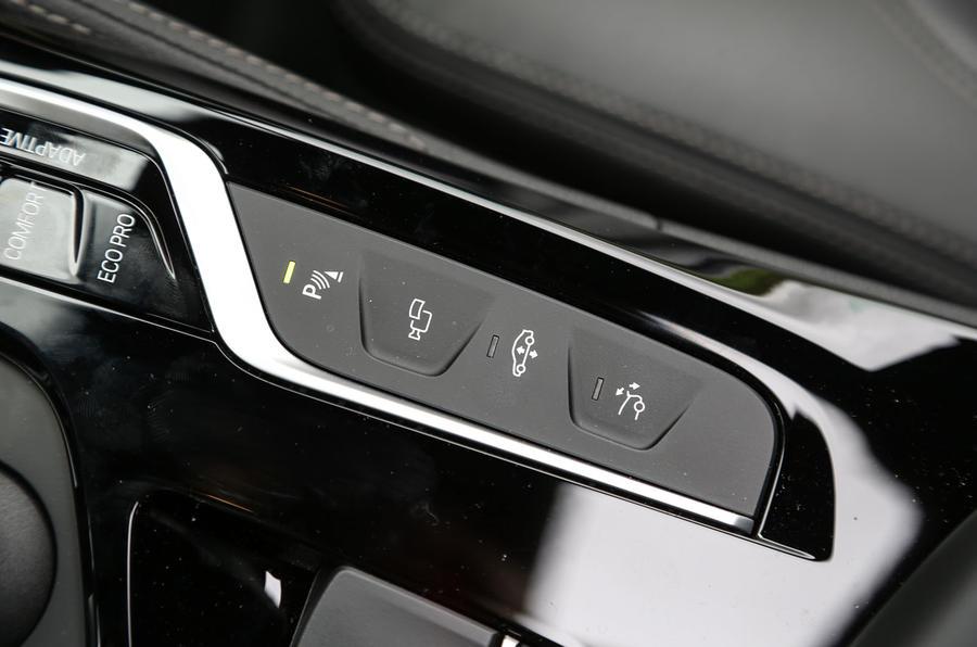 BMW 6 Series Gran Turismo switchgear
