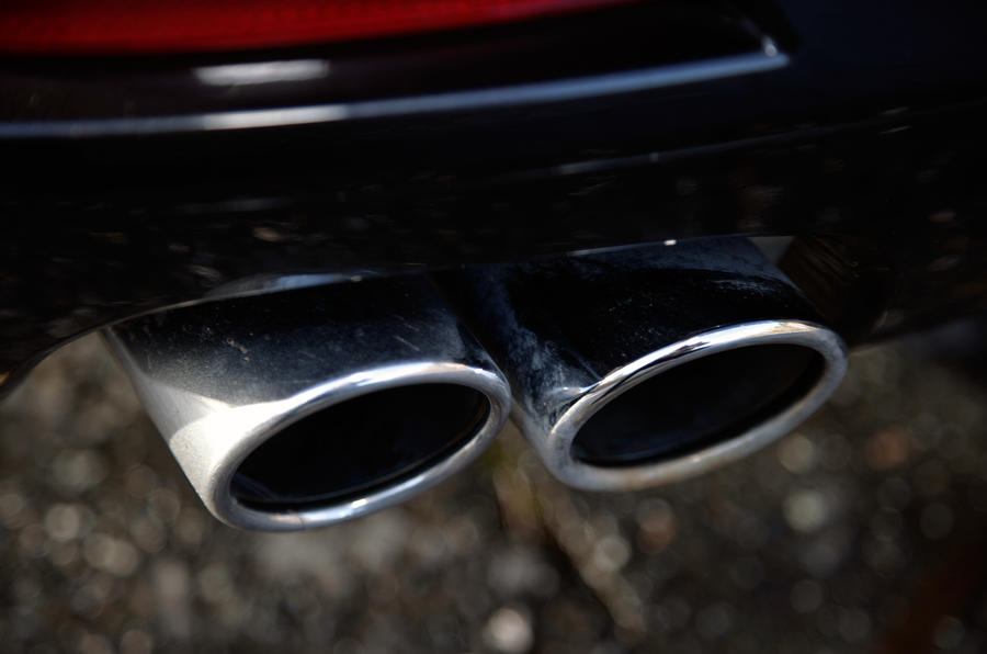BMW 7 Series twin exhaust