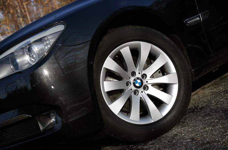 18in runflat BMW 7 Series tyres