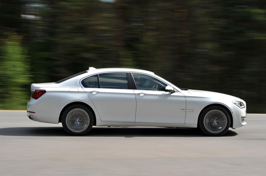 BMW 750i side profile